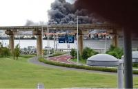 Nhật Bản: Cháy lớn gần sân bay Tokyo